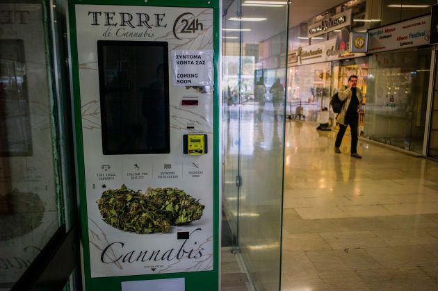 Le tout nouveau distributeur de cannabis installé dans le centre