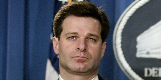 La veille de l'audition de James Comey, Christopher Wray (ici en 2004) choisi comme chef du FBI par Donald