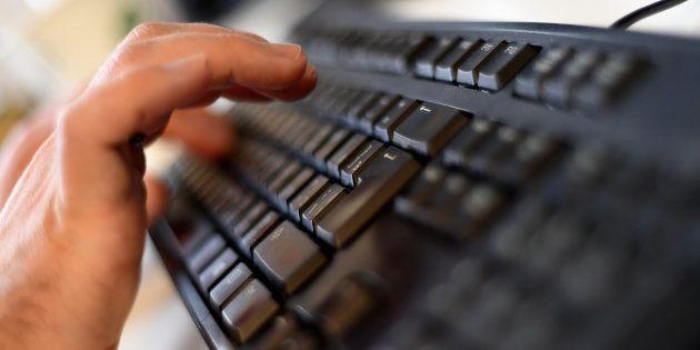 L'Internet mondial est actuellement visé par une vague d'attaques informatiques d'une ampleur inédite...