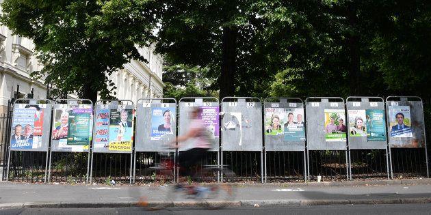 Les affiches électorales des candidats aux élections législatives à Nantes, le 4 juin