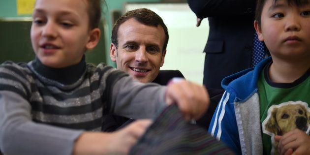 Assises de la maternelle: Macron retourne (encore) à