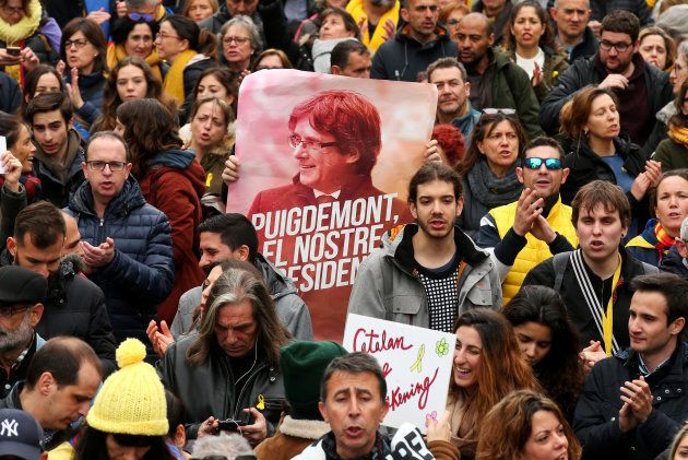 Carles Puigdemont maintenu en détention en