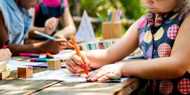 Coloriage Reperage Dans Lespace.Reduire La Maternelle Aux Coloriages C Est Oublier Son Importance