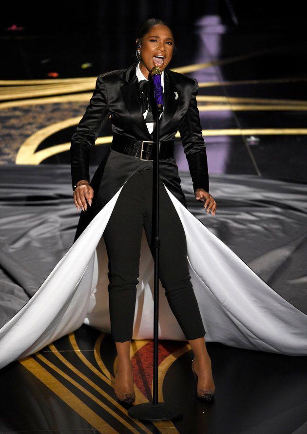"""Jennifer Hudson chante """"I'll Fight"""" sur la scène du Dolby Theatre de Los Angeles aux Oscars, le 24 février 2019."""
