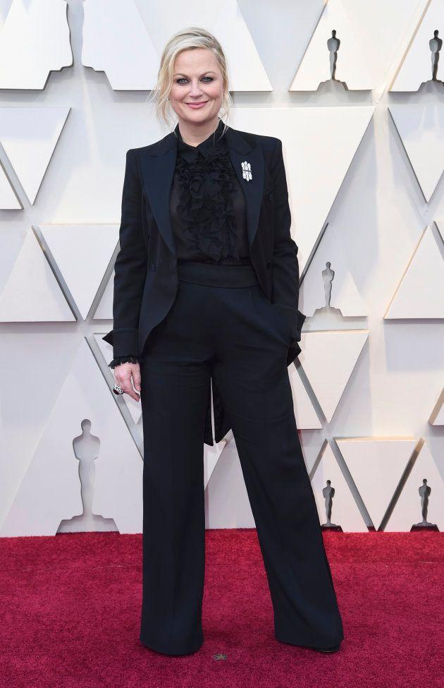 Amy Poehler sur le tapis rouge des Oscars, le 24 février 2019