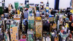Cet artiste reconstitue Manhattan avec des résidus