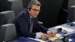 Cet eurodéputé français (ex-FN) emploie la fille du porte-parole de
