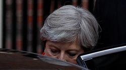 Élections en Grande Bretagne: Theresa May et les conservateurs perdent la majorité absolue au