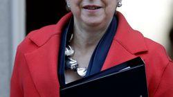 Theresa May va laisser au Parlement le choix de reporter le