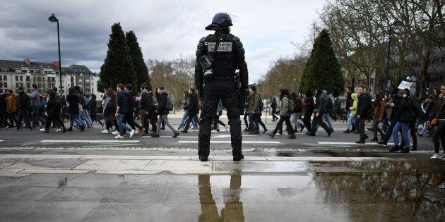 Violences à la fac de droit de Montpellier: le doyen et un professeur en garde à
