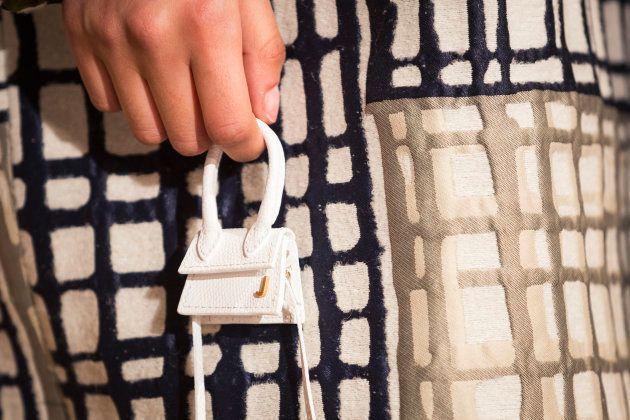Habitué de la démesure, Simon Porte Jacquemus avait créé ces sacs à main en 2017.