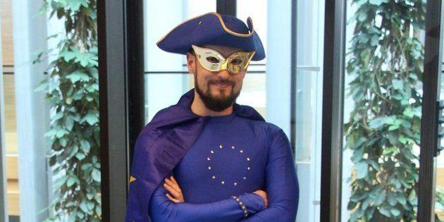 Cette année, Captain Europe est censé vous faire aimer les élections