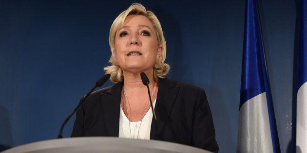 Avec 14% des voix et potentiellement moins de 10 élus, le parti de Marine Le Pen est en chute libre depuis...