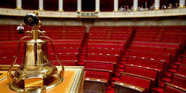 Le FN, la France insoumise et le PS marginalisés, seule la droite est en position de s'opposer à l'hégémonie...