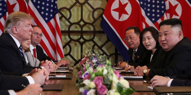Kim Jong Un et Donald Trump lors de la réunion bilatérale le 28 février à Hanoï au