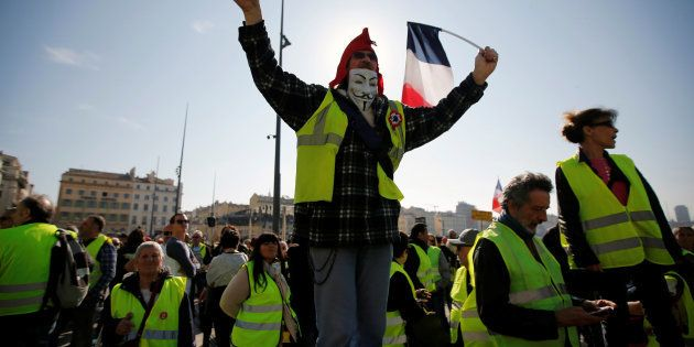 Des manifestants gilets jaunes à Marseille le 23 février