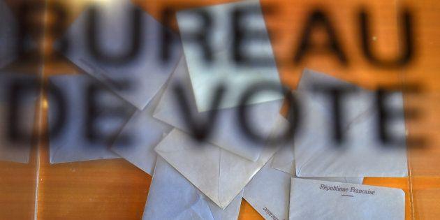 Une urne électorale lors du 1er tour des élections législatives, le 11 juin