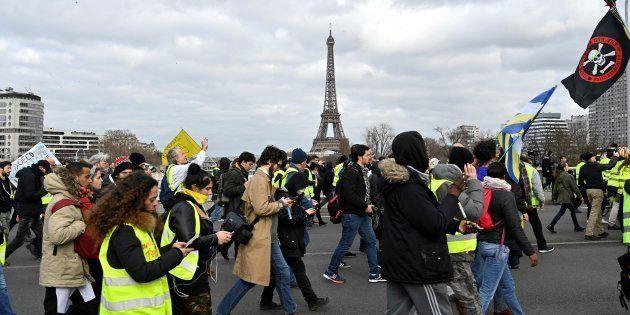 Un acte XVI en baisse pour les gilets jaunes avant un mois de mars crucial (photo prise à Paris le 2