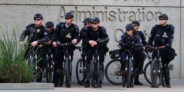 Des policiers à Sacramento le 29 mars