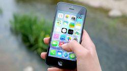 La principale d'un collège offre 100 dollars aux élèves capables de décrocher de leur portable un jour par semaine pendant