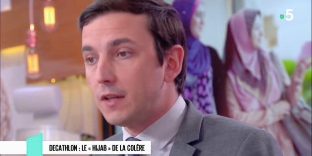 Le député LREM Aurélien Taché a présenté ses excuses ce dimanche après ses propos comparant voile et...