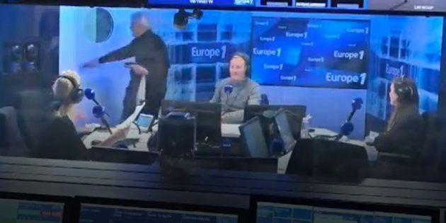 Bernard Tapie a préféré quitter le studio, deux minutes après le début de