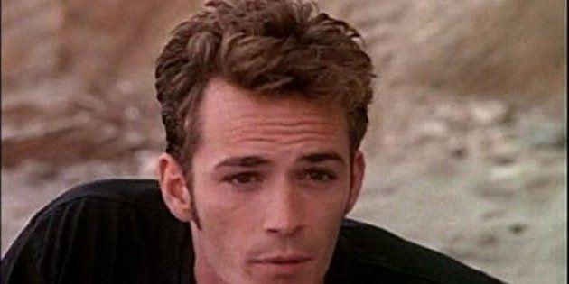 Dylan, joué par l'acteur Luke Perry,