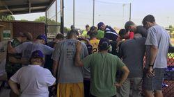 La prière de l'équipe de baseball des démocrates pour leurs collègues
