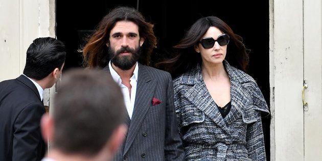 Monica Bellucci et Nicolas Lefebvre ont fait leur première apparition publique lors du défilé Chanel...