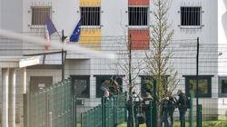 Prison de Condé-sur-Sarthe: le détenu interpellé, sa compagne blessée dans l'assaut est