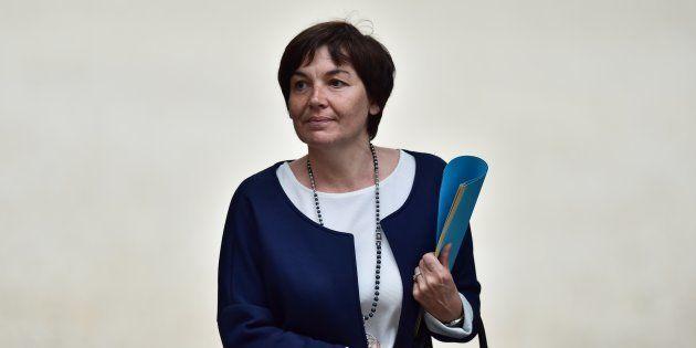Annick Girardin joue son poste au gouvernement à
