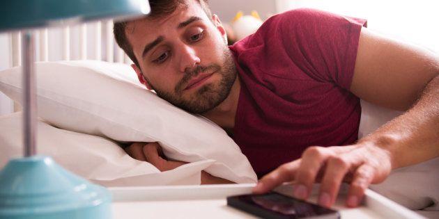 Vous avez du mal à dormir? Vous souffrez peut-être d'orthosomnie.