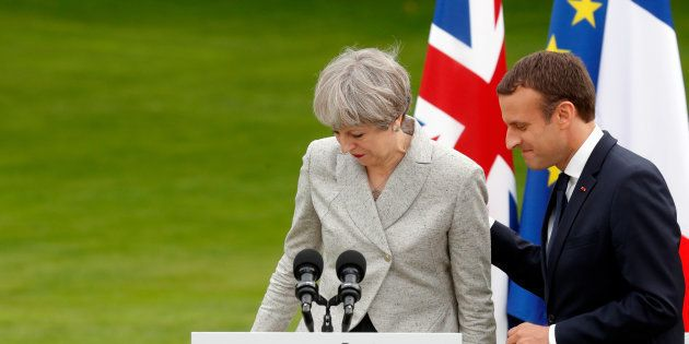 Et si l'affaiblissement de Theresa May rendait le Brexit plus