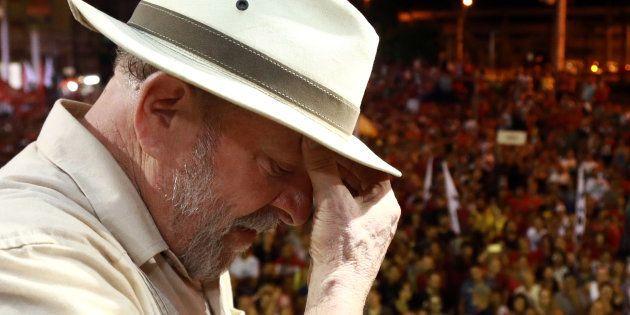Lula lors d'un meeting, en mars