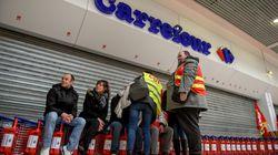 Pour calmer la fronde de ses salariés, Carrefour propose un bon d'achat de 150