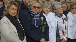 L'hommage de milliers de personnes dont Muriel Robin à Julie Douib, tuée par son