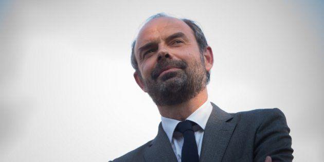 Édouard Philippe reconduit comme Premier ministre et chargé de former un nouveau