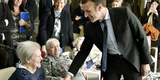 Contrairement à ce que dit Macron, le régime des retraites n'est pas tiré