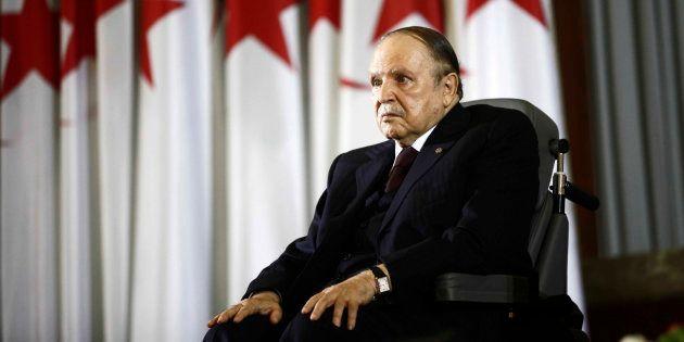 Bouteflika renonce à briguer un 5ème mandat et reporte la présidentielle (photo