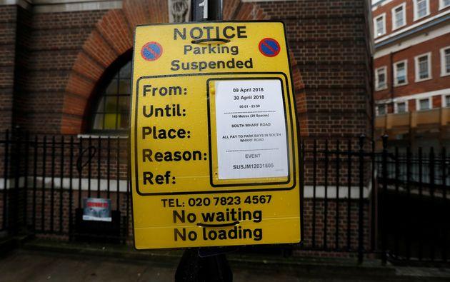 L'accouchement de Kate Middleton met les médias britanniques en ébullition après le blocage du parking...