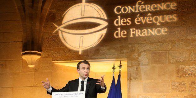 Emmanuel Macron lors de la Conférence des évêques de France à Paris le 9 avril