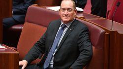 Un sénateur australien scandalise avec son communiqué