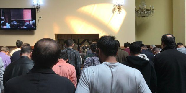 Après Christchurch, des musulmans partagent des images de mosquées pleines à