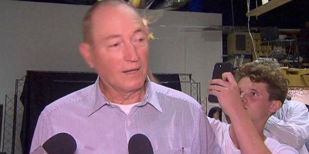 Christchurch: ce sénateur australien qui avait tenu des propos islamophobes reçoit un oeuf en pleine