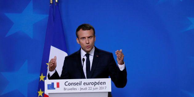 Emmanuel Macron veut croiser les fichiers S et les permis de détention
