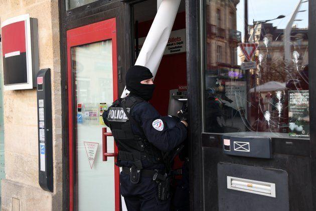 À Bordeaux, la mobilisation des gilets jaunes en baisse et marquée par des