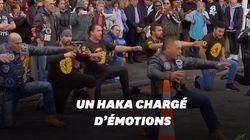 En hommage aux victimes de Christchurch, ces motards interprètent un