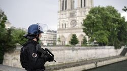 Pour le défenseur des droits, le projet de loi anti-terroriste est