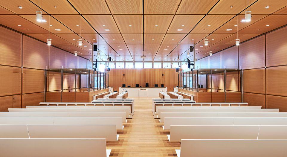 Une salle d'audience civile dans le nouveau palais de justice de