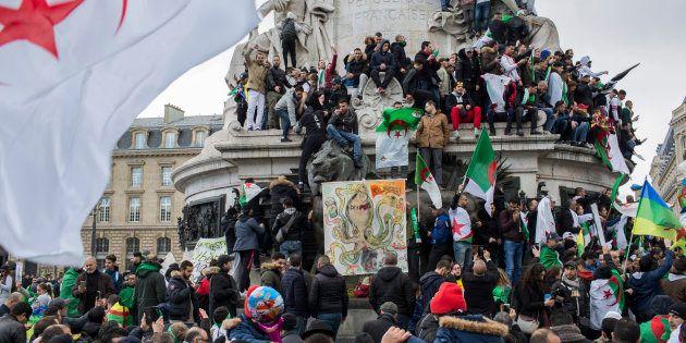 La place de la République a accueilli ce 17 mars des milliers